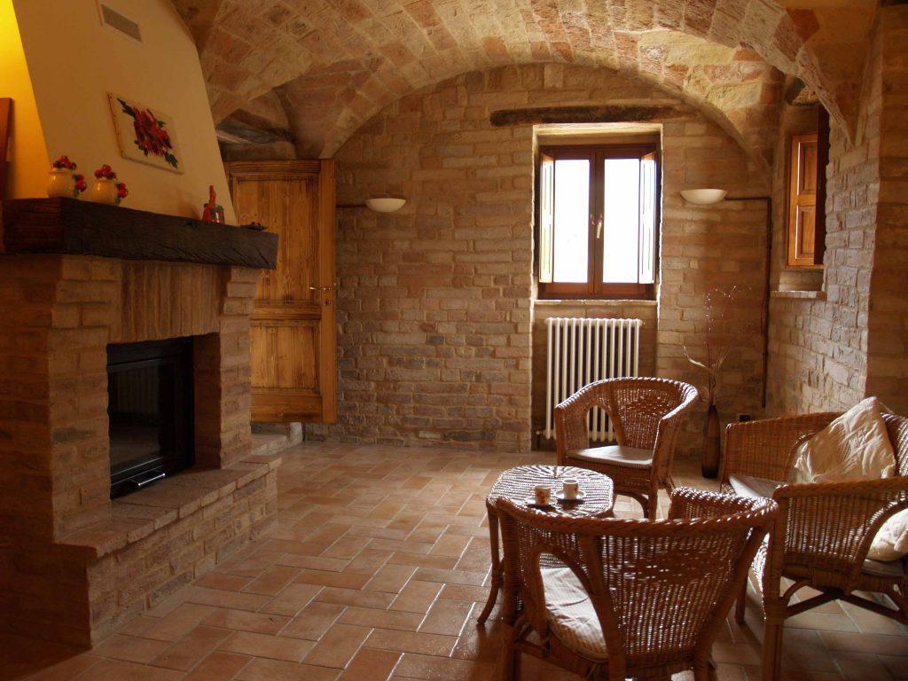 villa in italia con piscina vacanza in italia agriturismo casina foglietti corridonia marche holiday villa piscina agriturismo marche casina